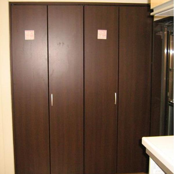 こちらは、クローゼットです。収納スペースがどれだけ確保できるかというのは生活される方にとっても重要なポイントですね。
