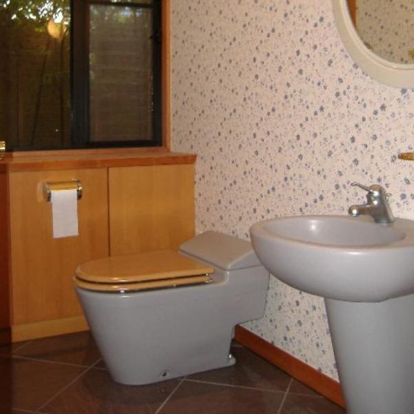 施工前のトイレになります。