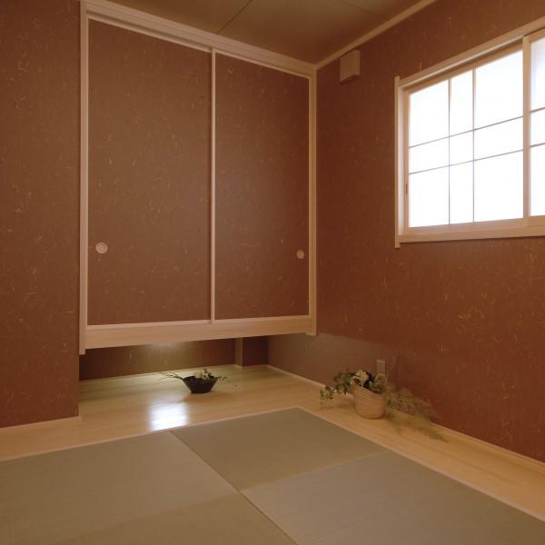 デザイン性にあふれる和室になりました。