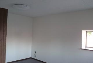 事務所へ改装工事