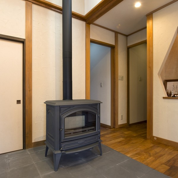 薪ストーブは家中を暖かくしてくれます。