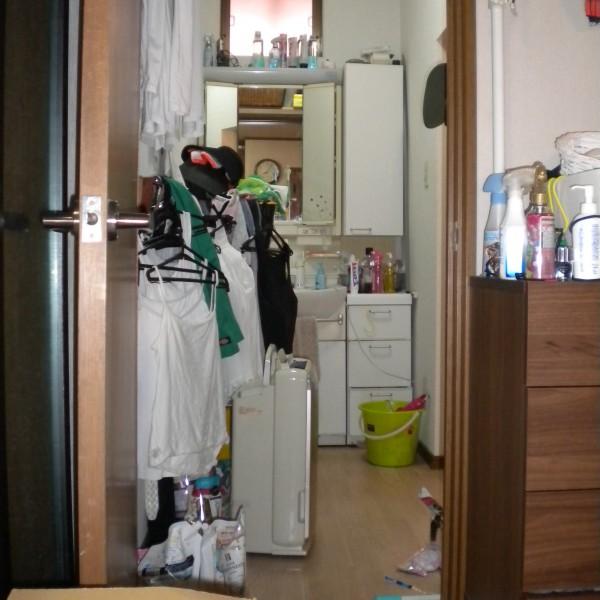 洗面所の収納の少なさが悩みでした。