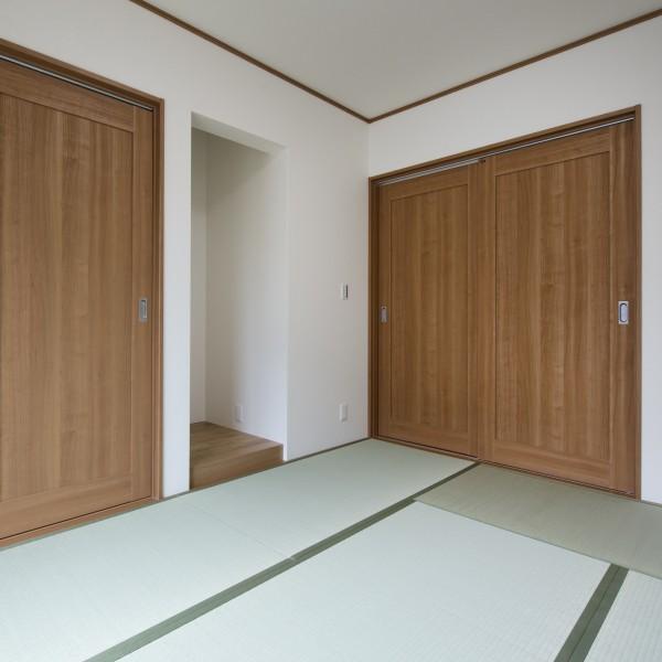 落ち着きのある和室に仕上がりました。