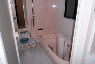 あたたかさを兼ね備えた快適な浴室