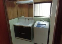 収納スペースが増えて見た目もスッキリな洗面所