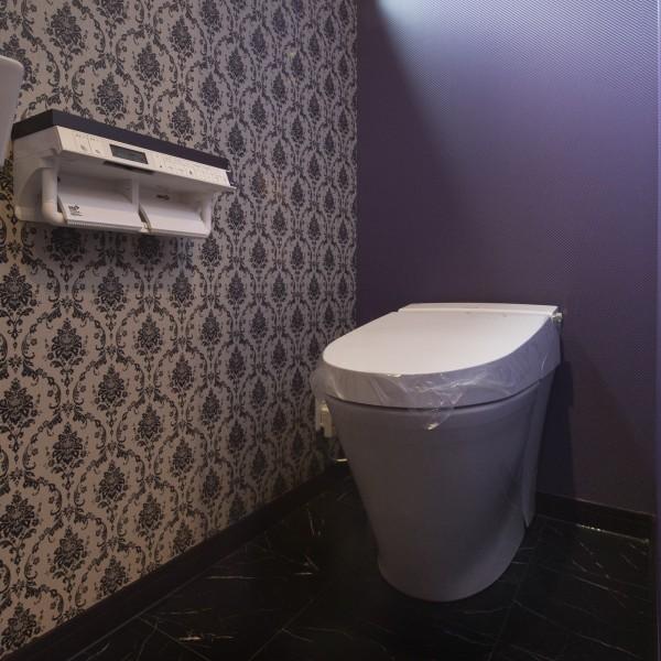 奥様のこだわりの詰まったトイレです。