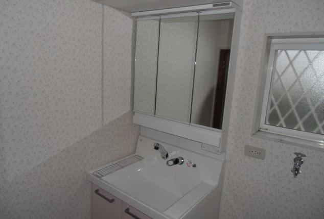収納充実の洗面所