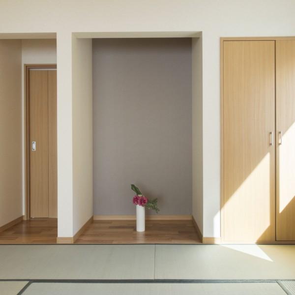 リビングと繋がるは和室は隣の洋室とも繋がっています。