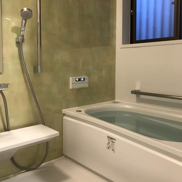 保温浴槽でゆったりお風呂に入れるようになりました。
